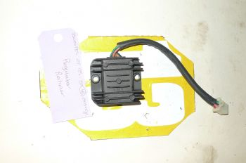 ZONTES ZT125 - 8A BREAKING.  REGULATOR RECTIFIER  (CON-C)